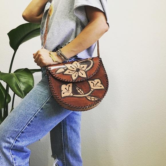 Genuine leather brown saddle bag shoulder purse